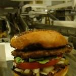 Momentum machines développe des machines capables de fabriquer des hamburgers.